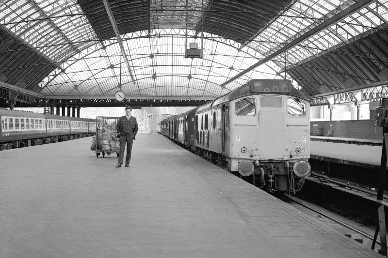 Glasgow, West George Street, Queen Street Station, Interior View showing Type 25 train at platform