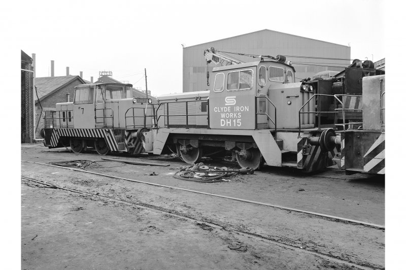 Glasgow, Clydebridge Steel Works View showing Hunslet 040 DH 'on shed' with Rolls Royce 040DH (DH15) in foreground