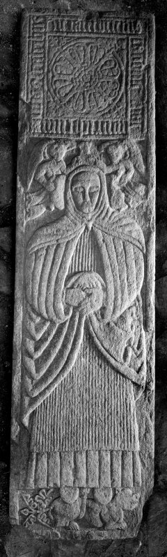 Oronsay Priory, effigy. General view of effigy to Canon Bricius MacMhuirich.
