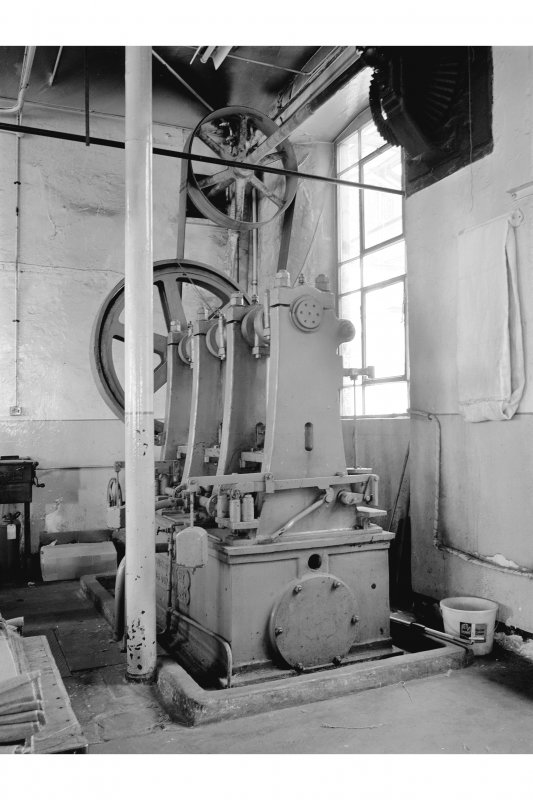 Dundee, Princes Street, Upper Dens Mills, Interior View of packing shop showing 6 throw hydraulic pump, Urquhart, Lindsay and Company Limited, 218 of 1922