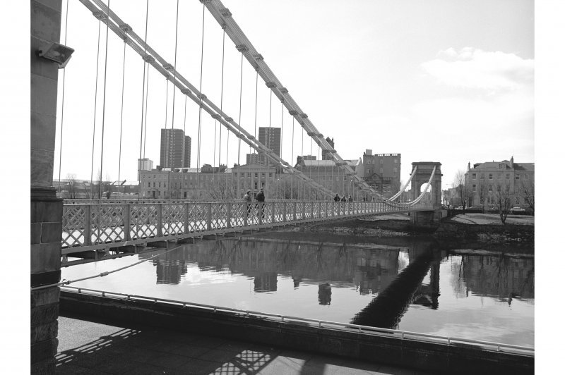 Glasgow, Carlton Place, Suspension Bridge View from N showing WNW front