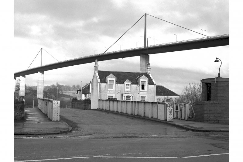Forth and Clyde Canal, Old Kilpatrick, Swing Bridge View looking W along deck of swing bridge with Bridge House and part of Erskine Bridge in background