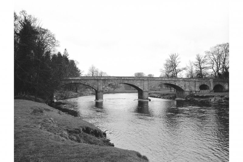 Mauldslie Bridge View from S showing SSE front