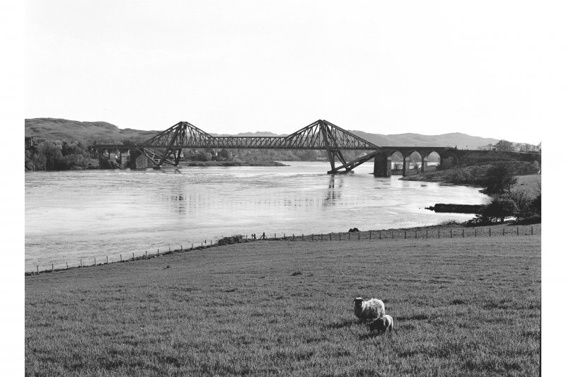 Connel Ferry Bridge View from NE showing ENE front
