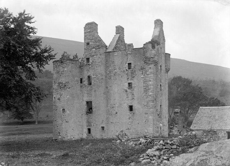 Dunderave Castle View from South West (before restoration).