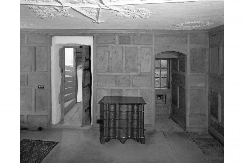 Dunderave Castle, Interior View of third floor chamber in South wing