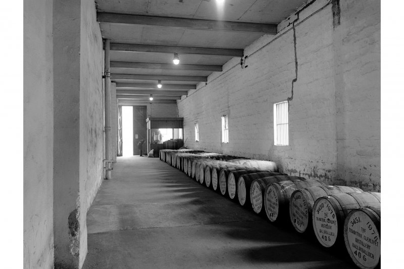 Tomintoul-Glenlivet Distillery, Warehouse; Interior General View