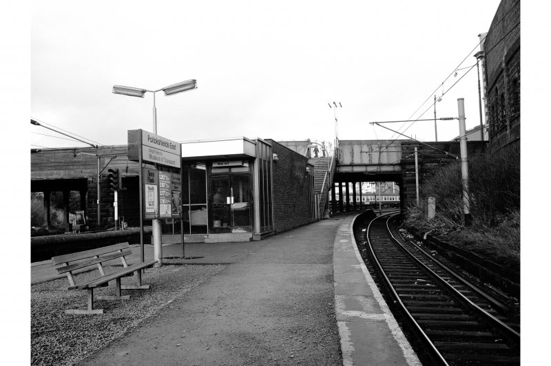 Glasgow, Pollockshields East Station Platform View