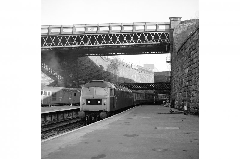 Glasgow, West George Street, Queen Street Station View from S showing Type 47 and part of Cunningham Street Bridge