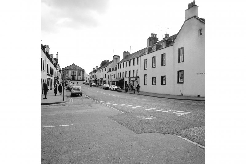 Inveraray, Main Street West, general View from NE showing SE front of Main Street West with Main Street East on left and church in distance
