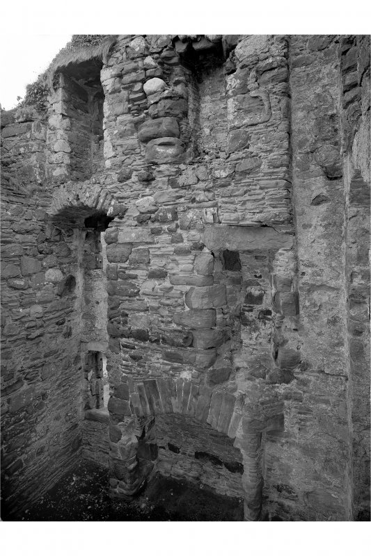 Kerrera, Gylen Castle Interior from north-west