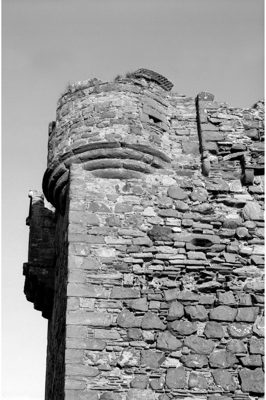 Kerrera, Gylen Castle Detail of north angle-turret