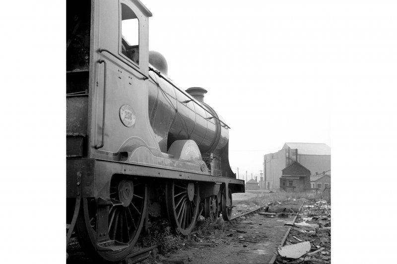 Glasgow, Govan Goods Yard View from S showing locomotive number 256 with building in background