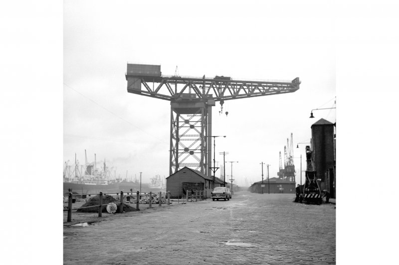 Glasgow, Stobcross Quay, Finnieston Cantilever Crane General View