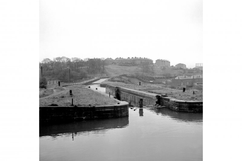 Glasgow, Maryhill, Forth & Clyde Canal, Maryhill Locks View from NE of lower two locks, aquaduct in background