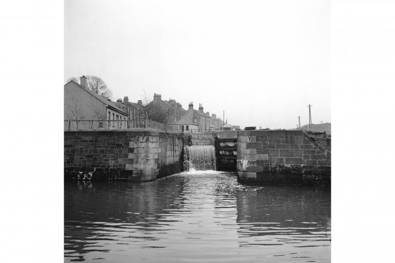 Glasgow, Maryhill, Forth & Clyde Canal, Maryhill Locks General View
