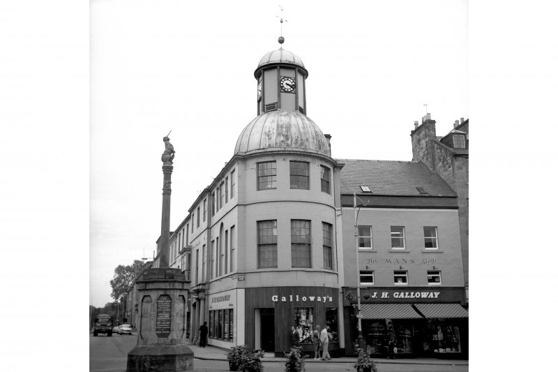Cupar, 5 St Catherine Street, Town Hall View from WNW showing W front of Town Hall with Mercat Cross in foreground