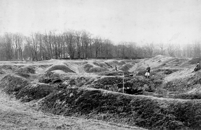 General view of ramparts during excavations. Digital image of D/8797.