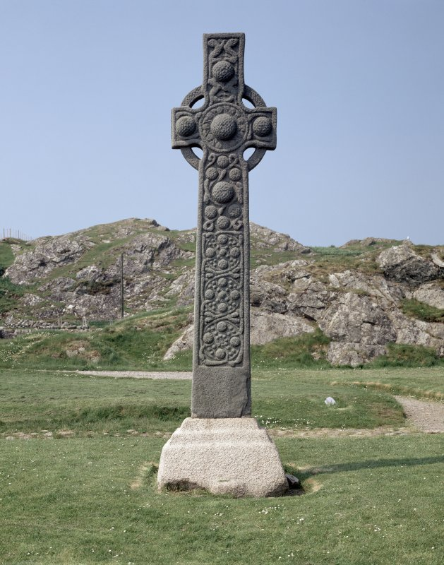 Iona, St Martin's Cross. General view from East.