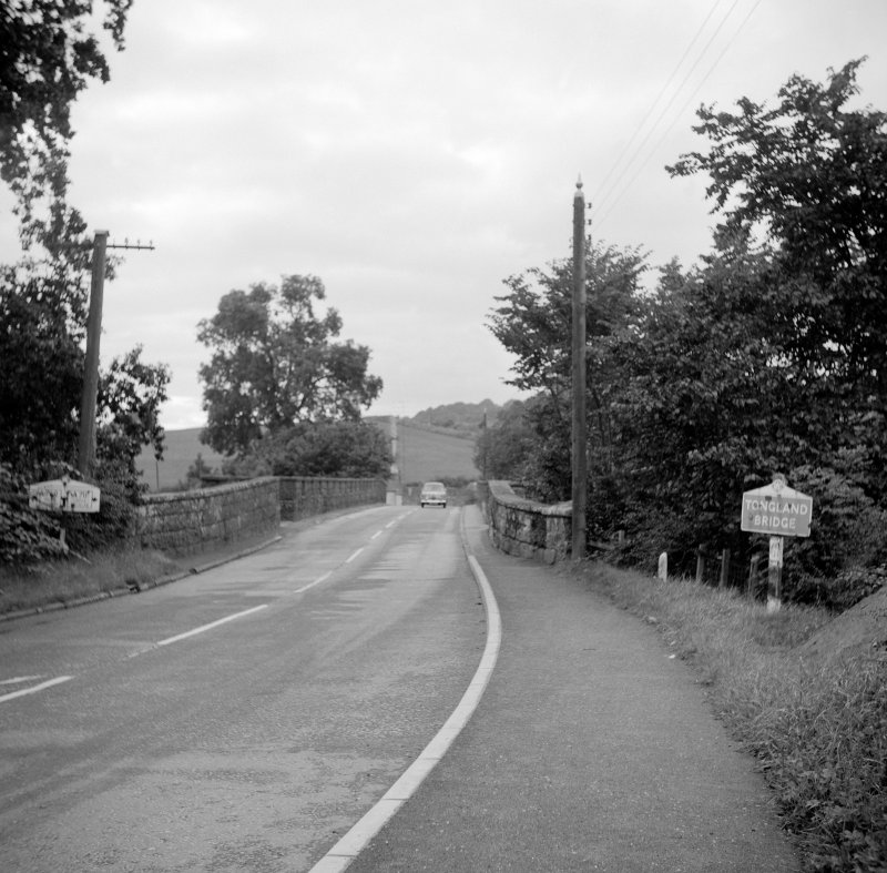 Tongland Bridge View showing Wolseley 1500 (possible) crossing bridge