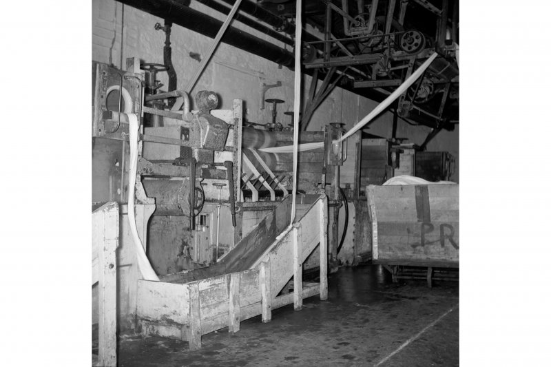 Netherplace Bleachworks, Electricity Generating Station; Interior View of continous bleaching machine