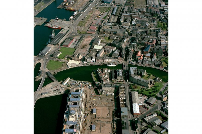 Edinburgh, oblique aerial view, taken from the WNW, centred on North Leith.