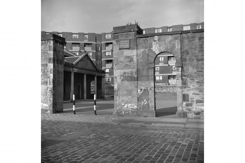Edinburgh, Leith Fort, North Fort Street. View of entrance with bollards.