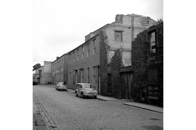 Edinburgh, 27-28 Timber Bush, Warehouse View from SSE showing SW front of numbers 27-28 with numbers 4-5 in background