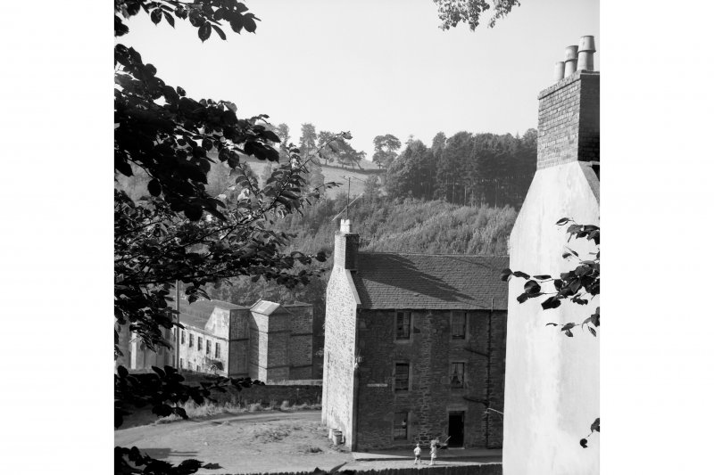 New Lanark, 9-47 Rosedale Street View from NE showing SE front and part of NNE front of numbers 9-47 Rosedale Street with mill number 1 in background