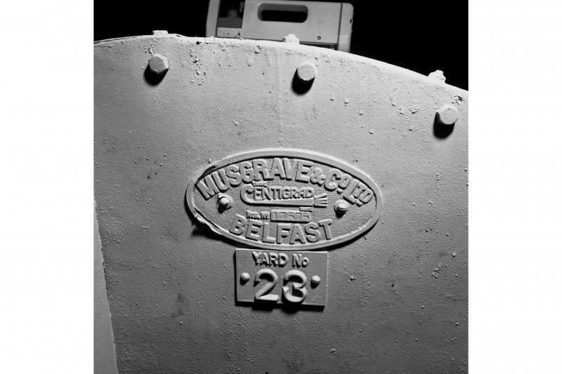 South tunnel, plant room, extractor fan, detail of manufacturer's name-plate. MUSGRAVE & CO. BELFAST.