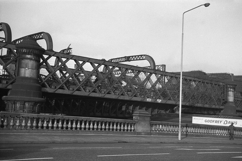 View looking NW from Glasgow Bridge showing part of ESE front of railway bridge