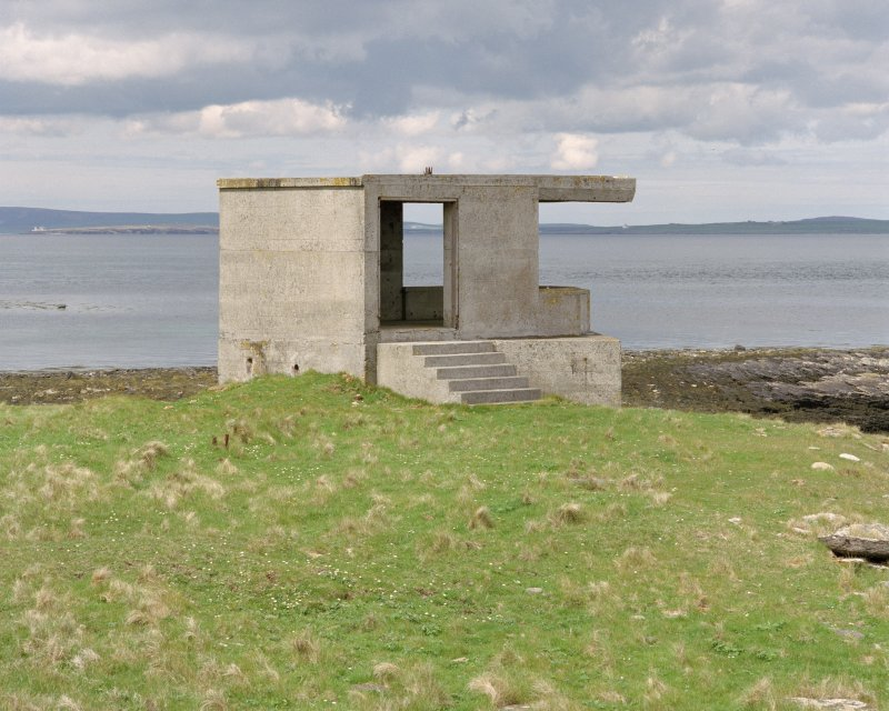 Searchlight No.2 emplacement, view from South West showing concrete steps to entrance.