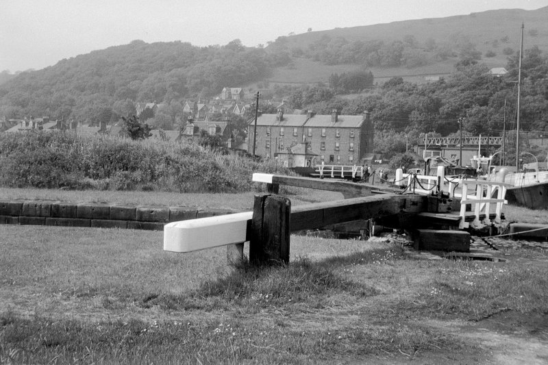 View from SE showing top of E lock gates with tenements in background