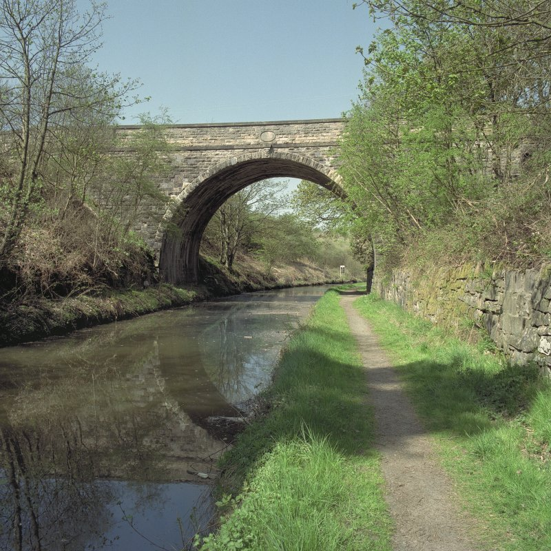 View from towpath to ESE Digital image of E5870/cn