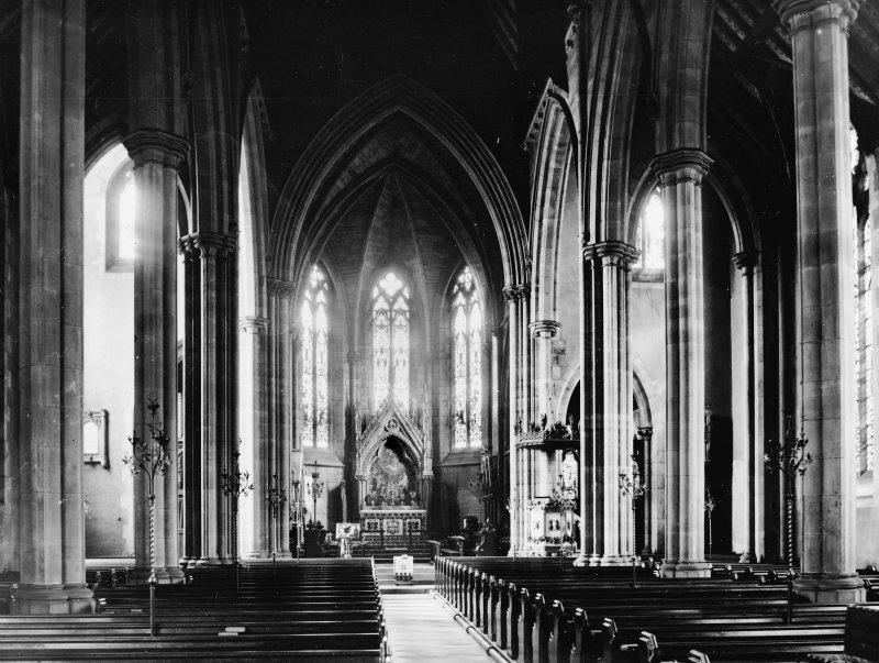 Dundee, Castlehill, St. Paul's Episcopal Cathedral, interior. General view of nave, choir and apse.
