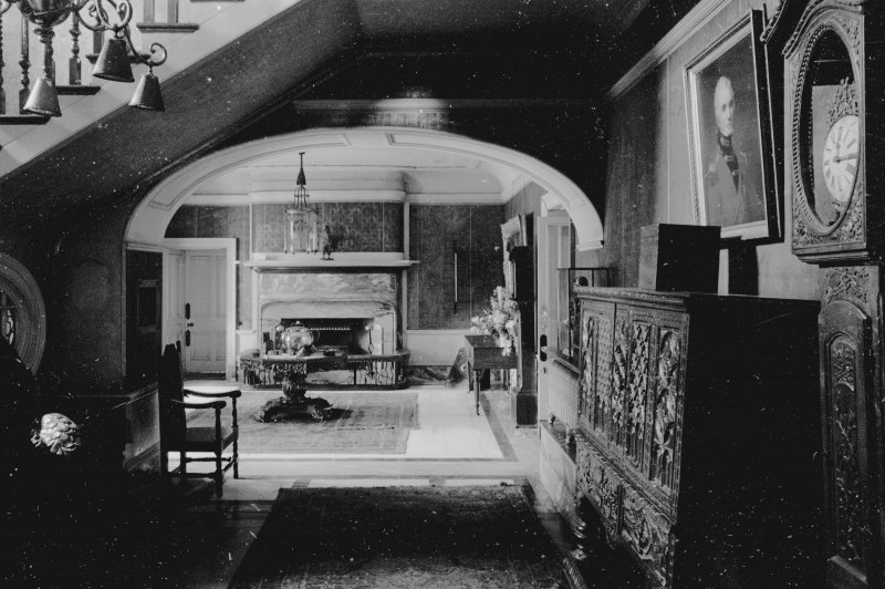 Interior. View of entrance hall and foot of staircase. Digital image of RE/424
