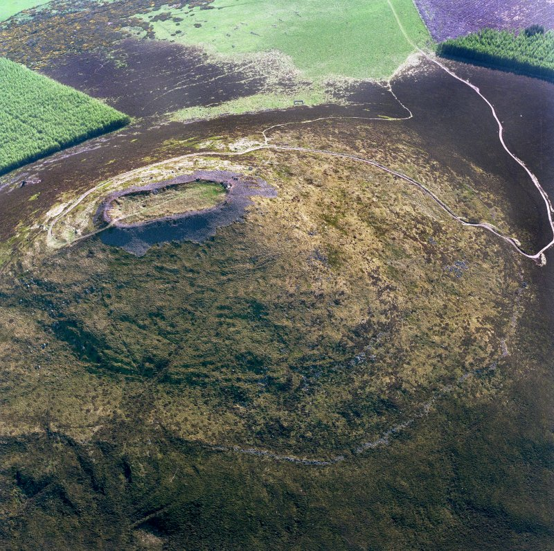 Oblique aerial view of Tap O' Noth vitrified fort, taken from the NE. Digital image of D/69212/CN.