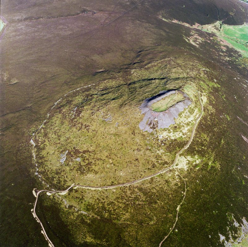Oblique aerial view of Tap O' Noth vitrified fort, taken from the W. Digital image of D/69215/CN.