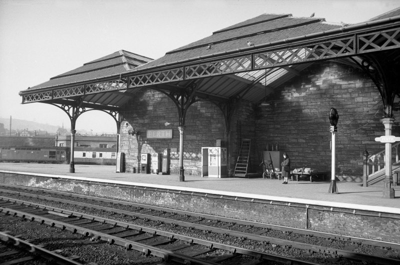 View from ENE showing part of Railway Station awning on platform 2