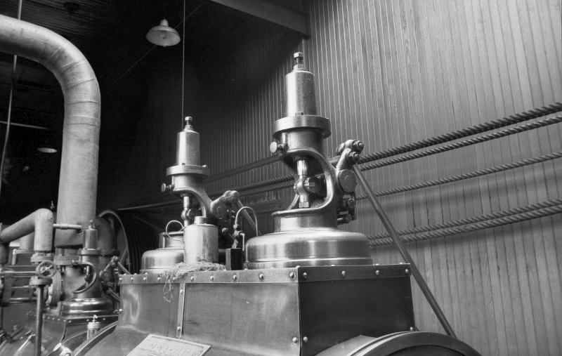 Interior View showing valve heads of Douglas and Grant Tandem Compound Engine