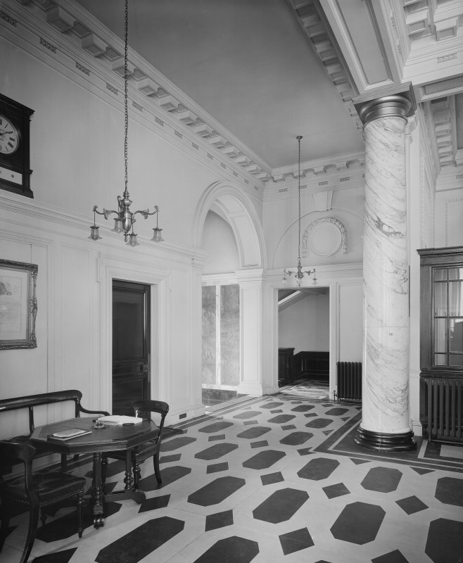 Interior -  view of entrance foyer