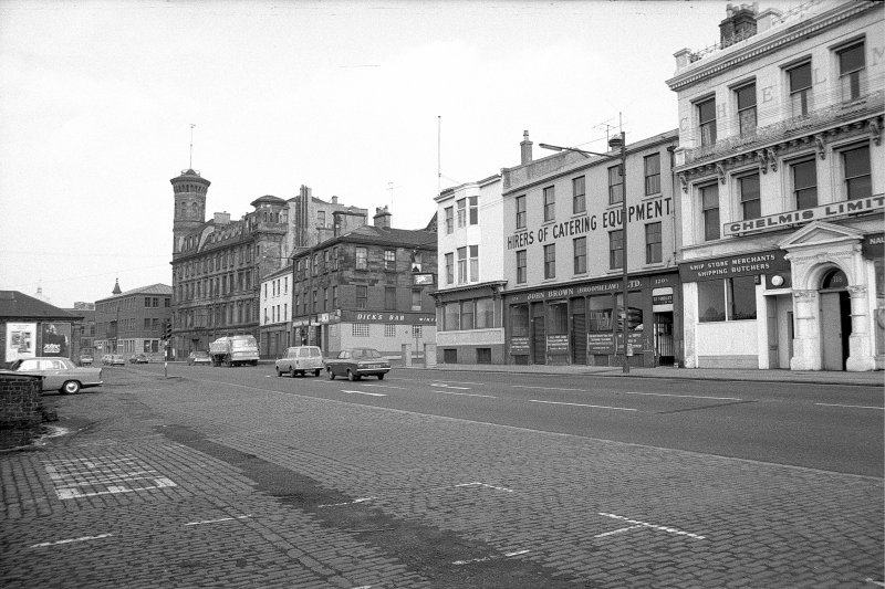 General view looking NW along Broomielaw with part of numbers 116-124 Broomielaw and number 4 York Street on right