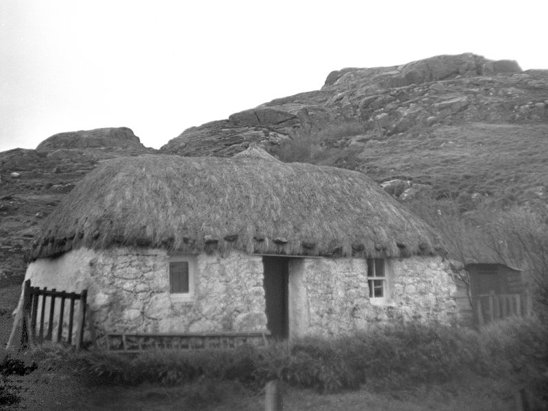 View of Sanna cottage. Digital image of AG/2612.