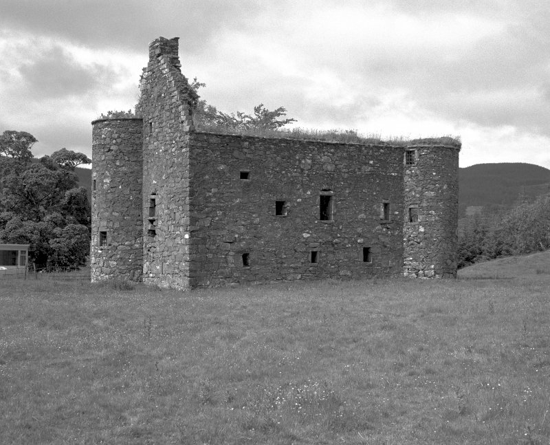 Kilmartin, Kilmartin Castle. General view from South-East.