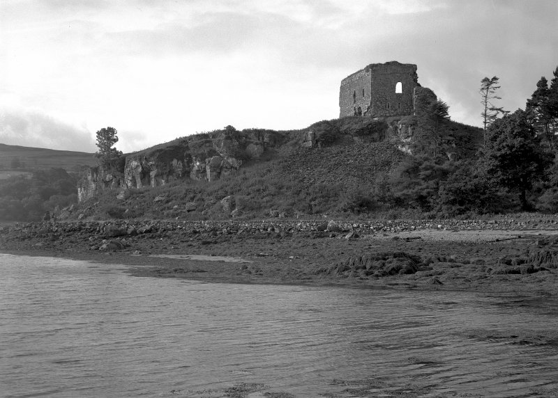 Mull, Aros Castle. General view from North-East.