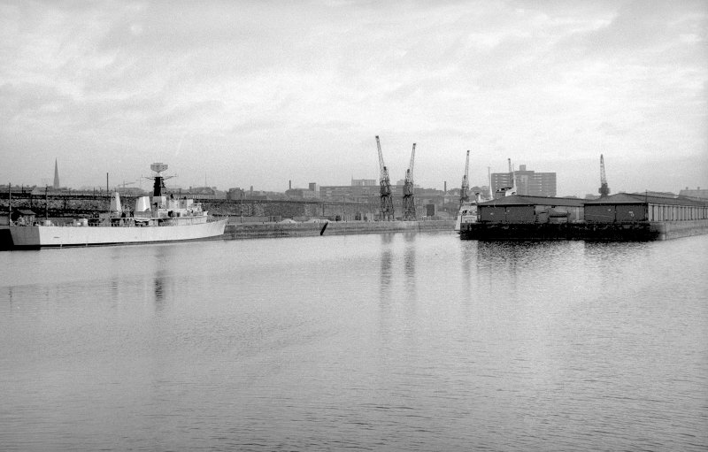 View from W showing WNW front of centre pier with north quay in background