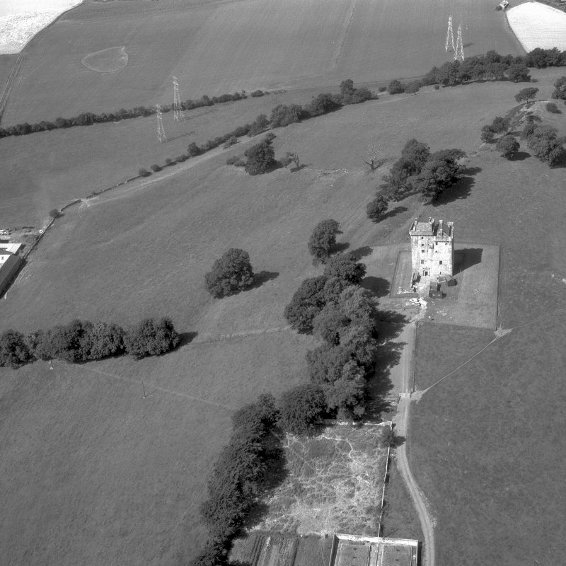 Aerial view of Clackmannan Tower.  Digital image of CL/714.