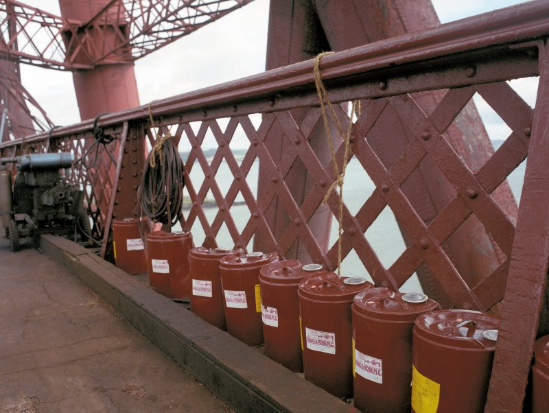 Detail of the drums of Forth Bridge red paint (made by Craig & Rose Plc. in Leith). Digital image of B 3350 CN.