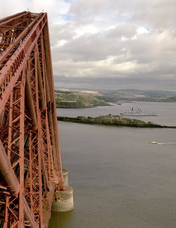 View of the South cantilever of the Queensferry erection and Inchgarvie Island seen from the top of the Forth Bridge South portal.