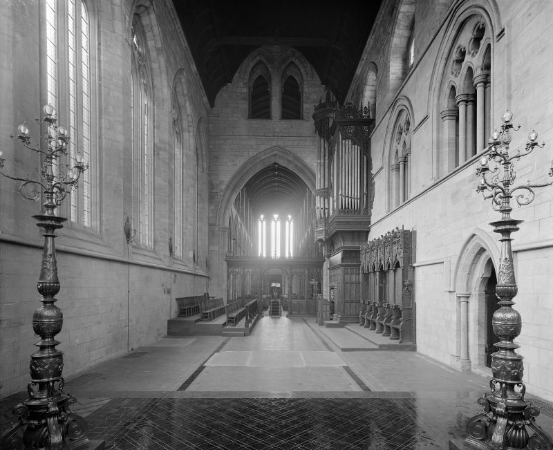 Interior-general view of side aisle
